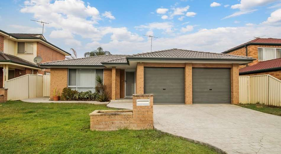 1 Duke Close, Green Valley NSW 2168