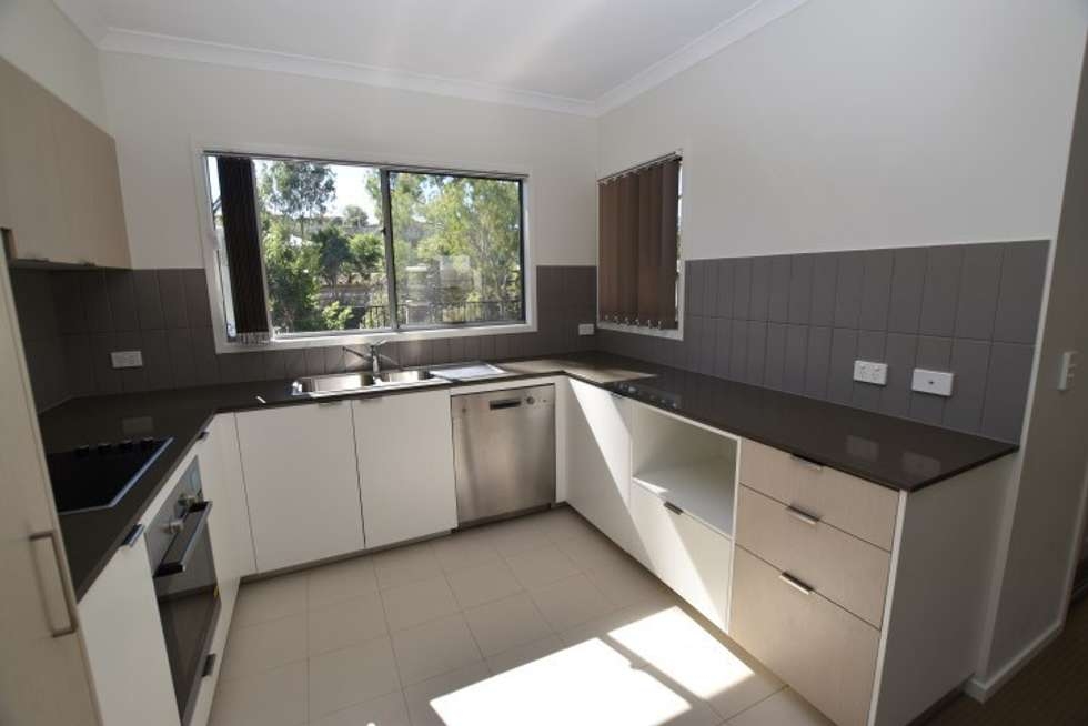 Second view of Homely unit listing, 31/2 Ringuet Close, Glen Eden QLD 4680