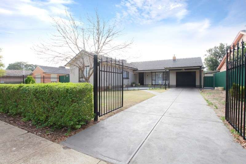 Main view of Homely house listing, 17 Collingbourne Drive, Elizabeth Vale, SA 5112