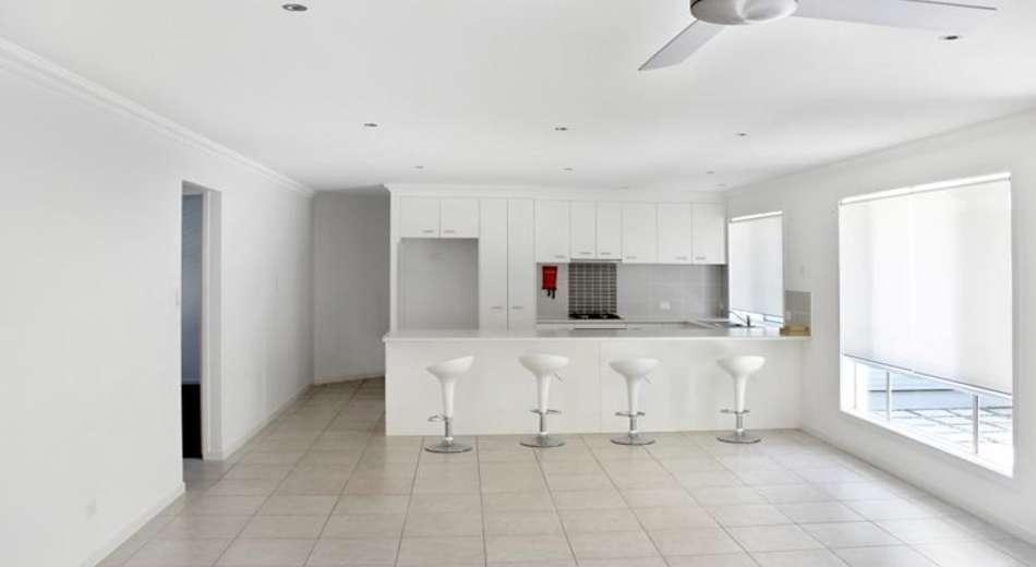 6 Flindersia Place