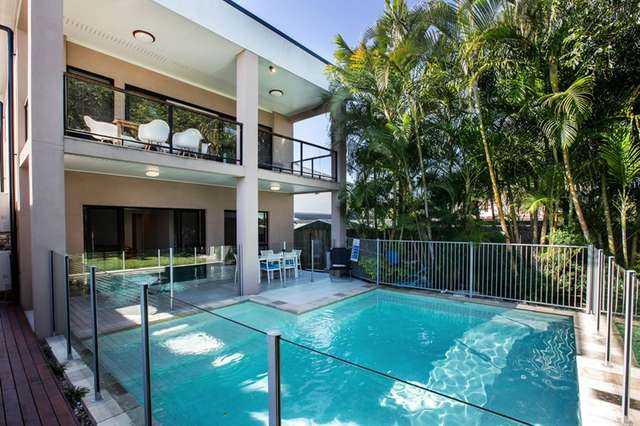 1 Peterson Street, Scarborough QLD 4020