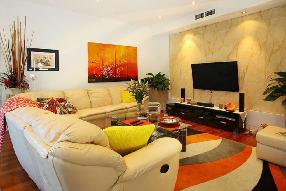 Third view of Homely villa listing, 2/21 Wildwood Court, Surfers Paradise QLD 4217