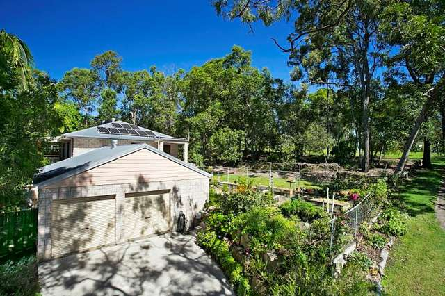 220 Englefield Road, Oxley QLD 4075