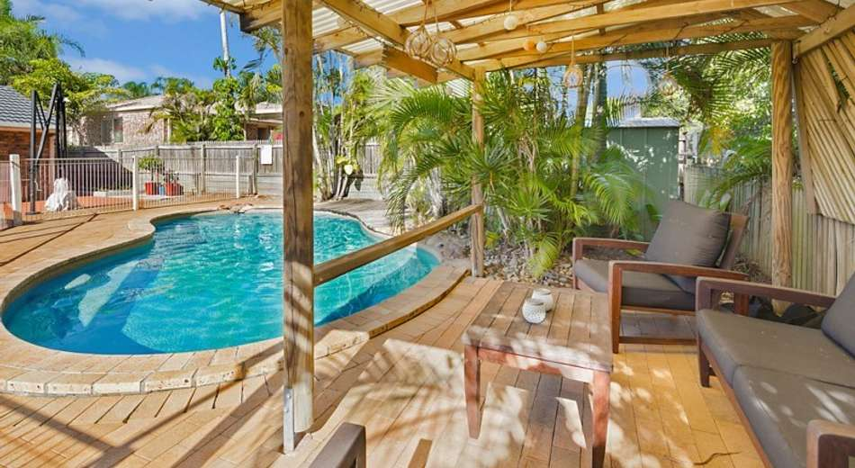 35 Talwong Street, Manly West QLD 4179
