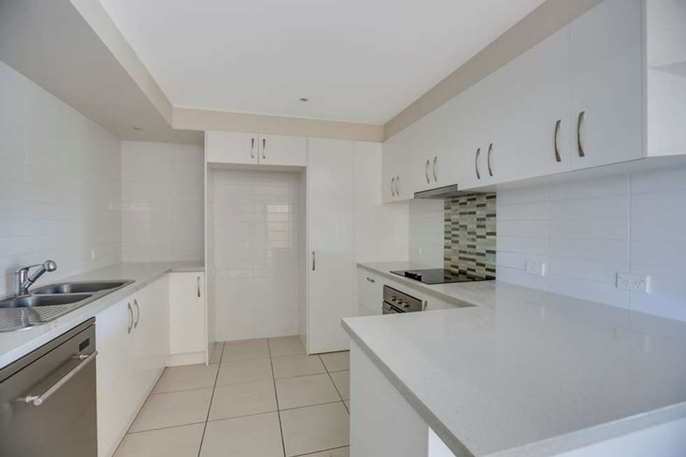 Fourth view of Homely townhouse listing, 2/118 Long Street, Cleveland QLD 4163