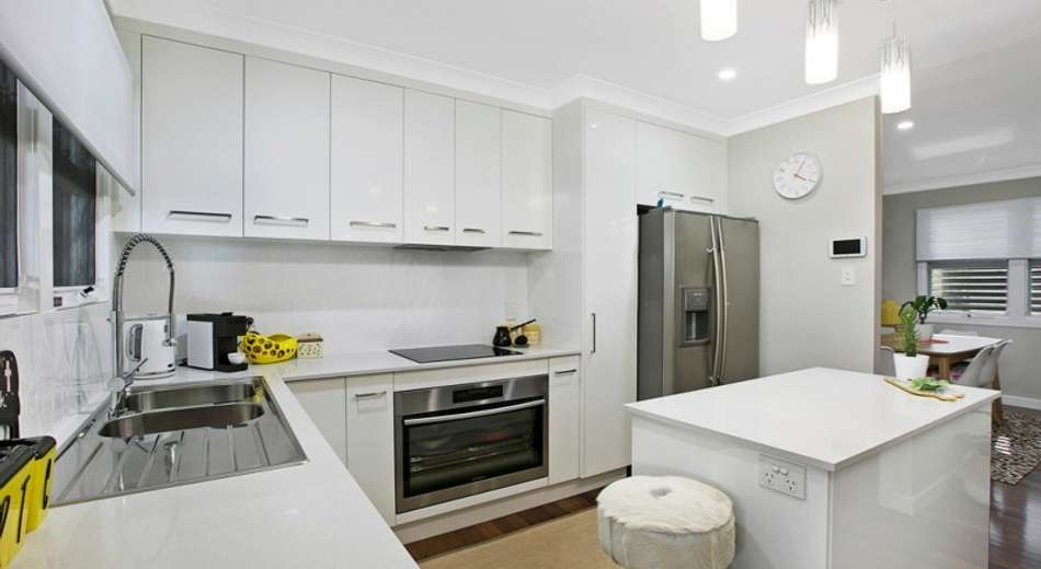 5 Rosedene Street, Manly West QLD 4179