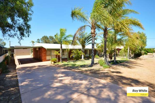 13 Harvey Place, Kalbarri WA 6536