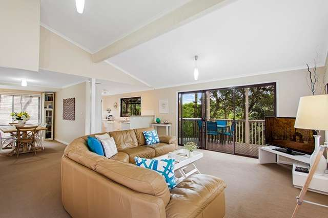 35 Easter Parade, North Avoca NSW 2260