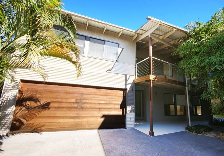 2/28 Sandy Beach Road