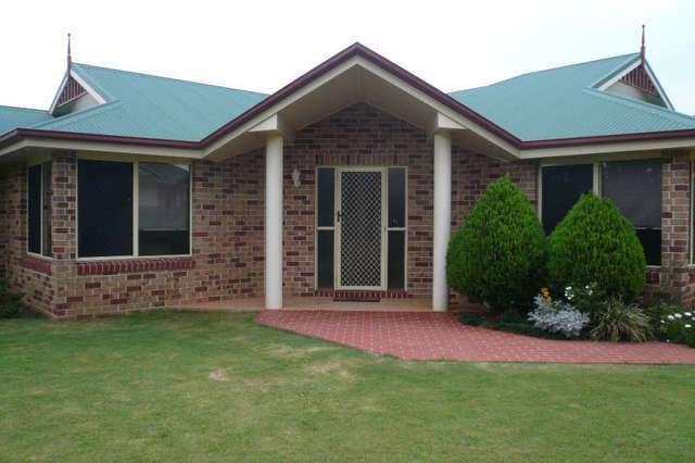 34 Wood Drive, Middle Ridge QLD 4350