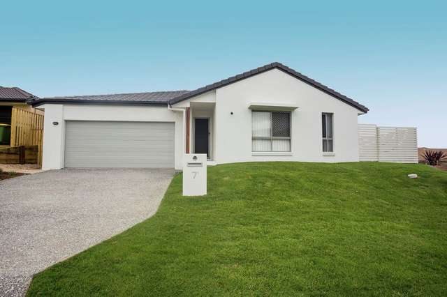 1/7 Elizabeth St, Coomera QLD 4209