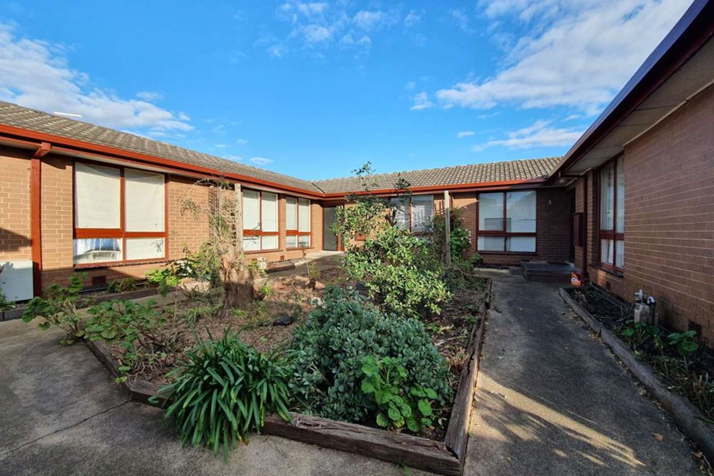 Main view of Homely house listing, 2/39 Saunders Street, Coburg VIC 3058