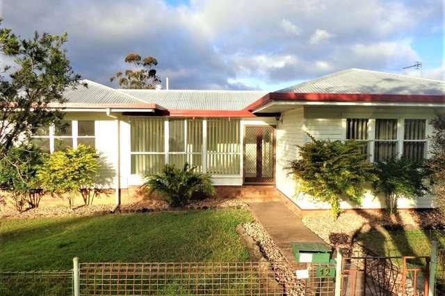 12 Hillside Street, Newtown QLD 4350