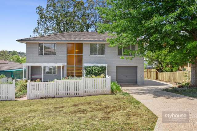 10 Catto Street, Centenary Heights QLD 4350