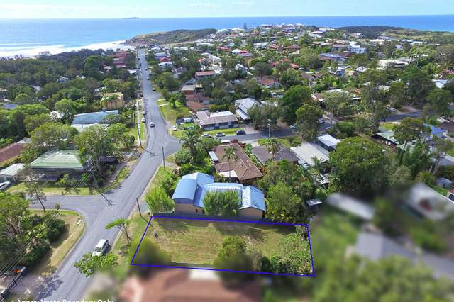 68 Fiddaman Rd, Emerald Beach NSW 2456