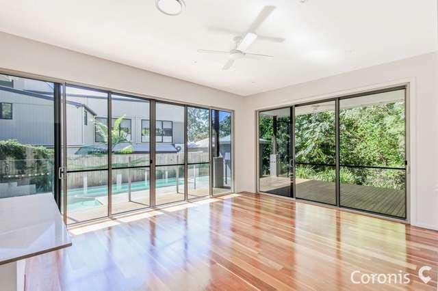 4 Carissa Place, Chapel Hill QLD 4069