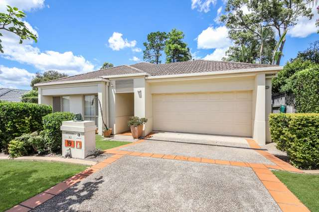 19 Oleander Place, Carindale QLD 4152