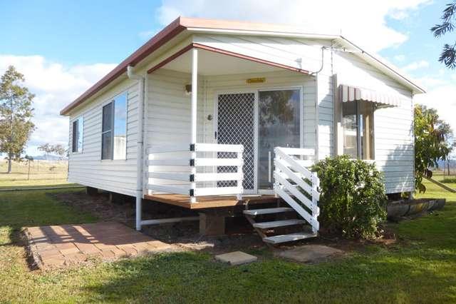 Cottage of 96 Kia Ora Lane, Tamworth NSW 2340