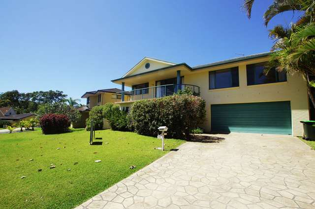 17 Bluewater Place, Sapphire Beach NSW 2450