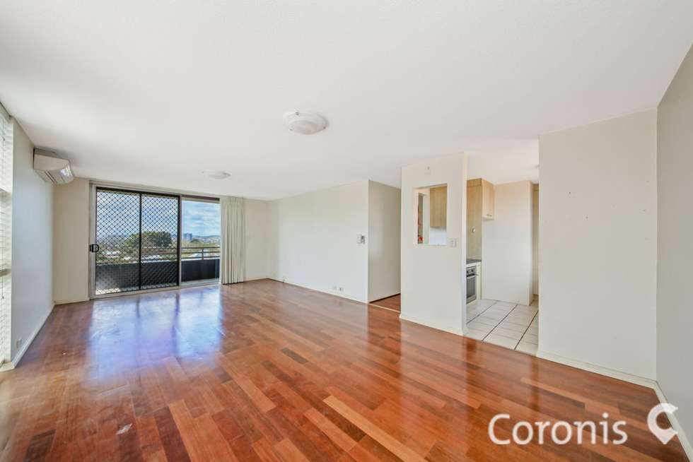 4/11 Beaconsfield Rd