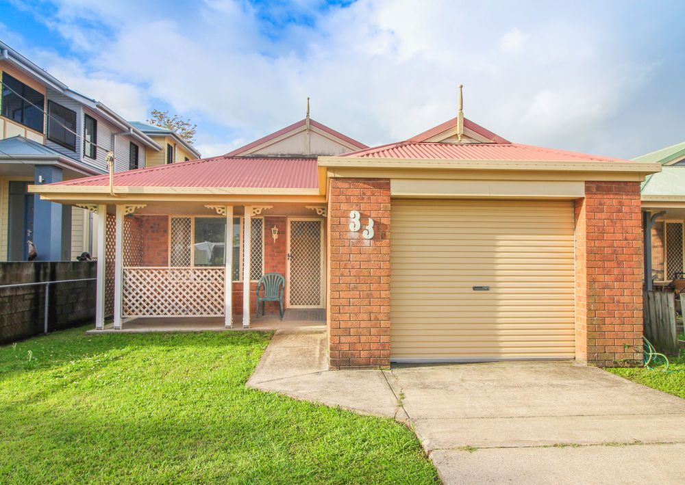 33 Outram St