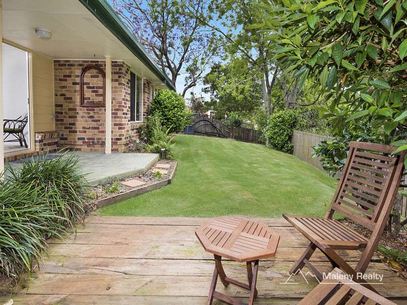Main view of Homely unit listing, 2/3 Hakea Avenue, Maleny, QLD 4552