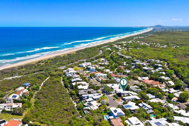 7 Antipodes Close, Castaways Beach QLD 4567