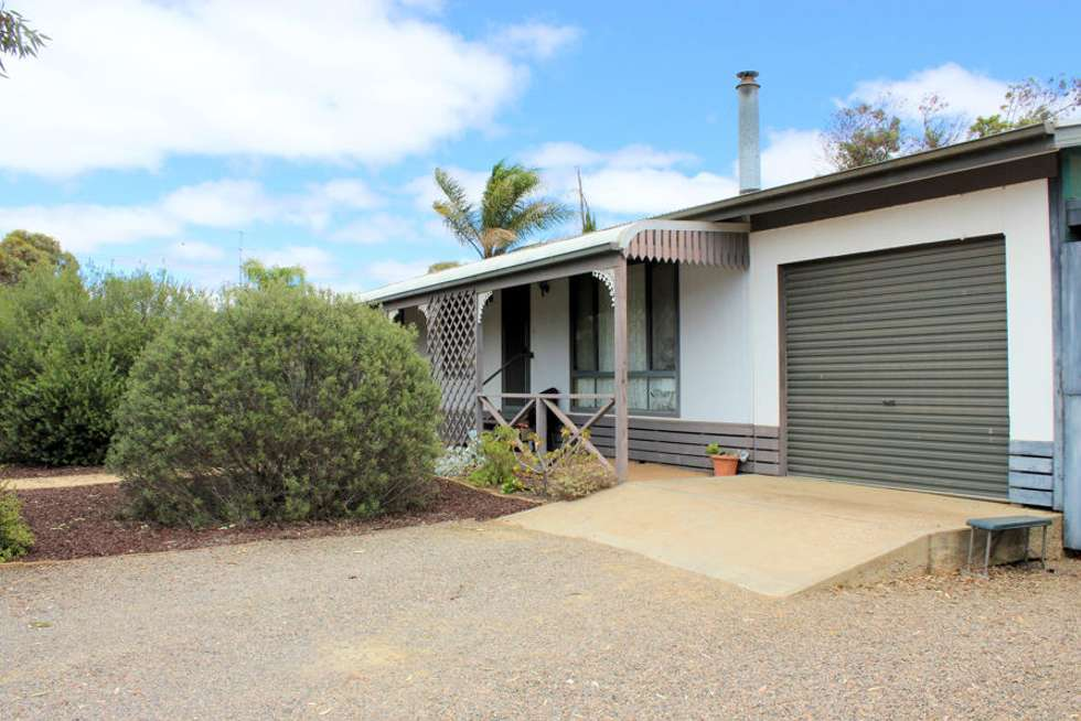 Second view of Homely house listing, 3 Philip Street, Mannum SA 5238