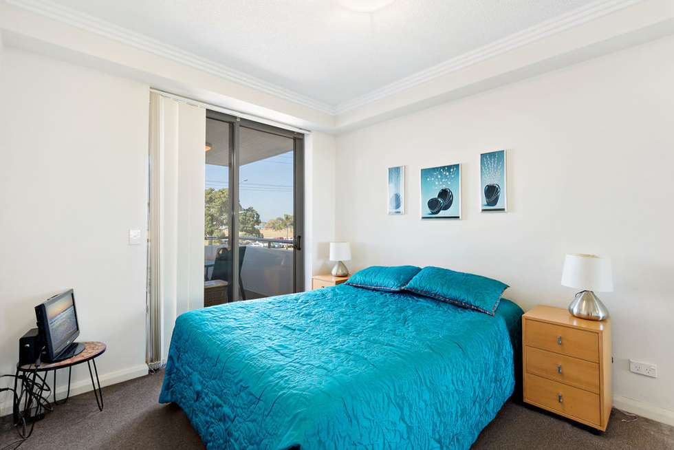 Third view of Homely unit listing, 5/136 Marine Parade, Southport QLD 4215