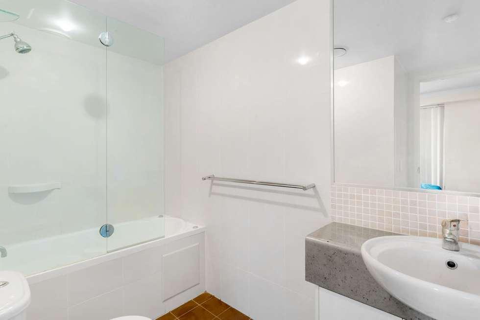 Fourth view of Homely unit listing, 5/136 Marine Parade, Southport QLD 4215