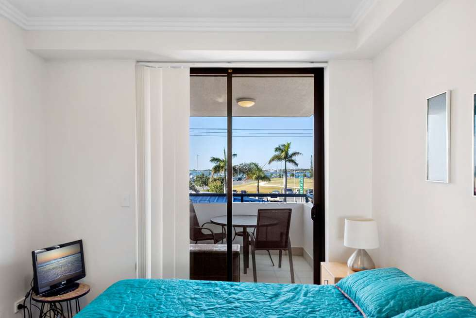 Fifth view of Homely unit listing, 5/136 Marine Parade, Southport QLD 4215
