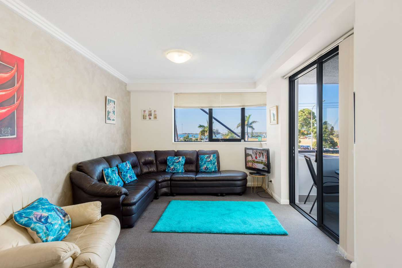 Sixth view of Homely unit listing, 5/136 Marine Parade, Southport QLD 4215
