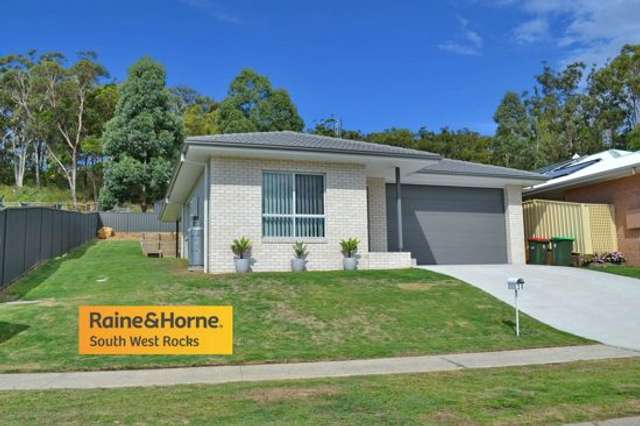 20 Racemosa Circuit, South West Rocks NSW 2431