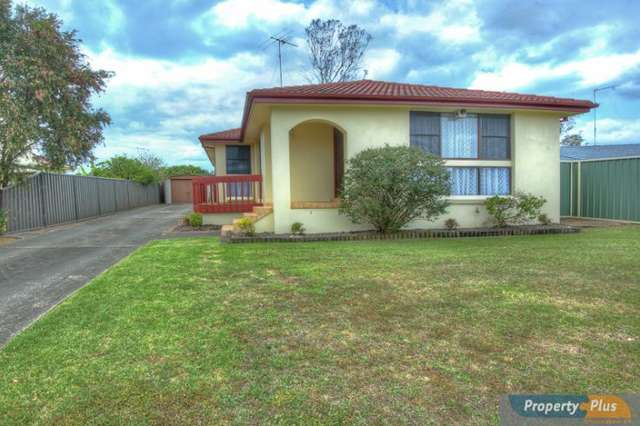 27 St Clair Ave, St Clair NSW 2759