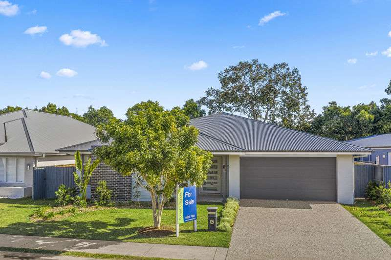 Main view of Homely house listing, 10 Trevally St, Korora, NSW 2450