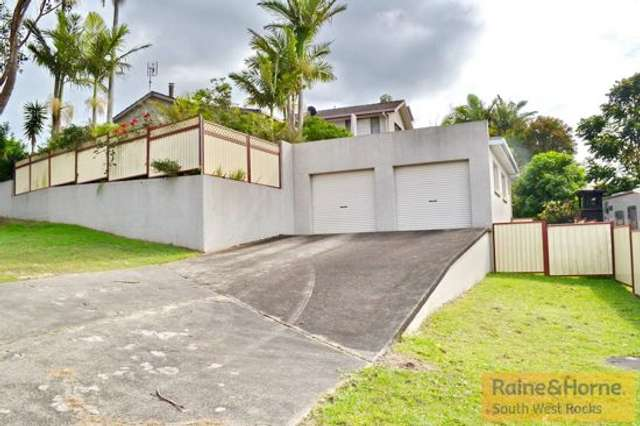 14 Lionel Hogan Close, South West Rocks NSW 2431