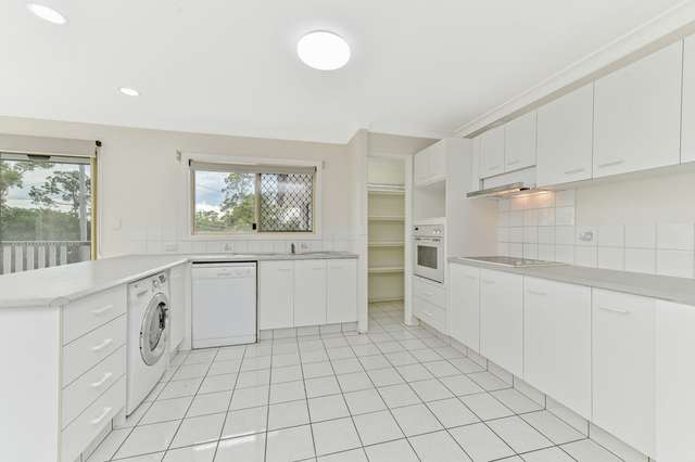 2256 Logan Road, Upper Mount Gravatt QLD 4122