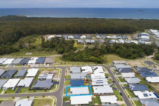 8 Blackwood St, Sapphire Beach NSW 2450