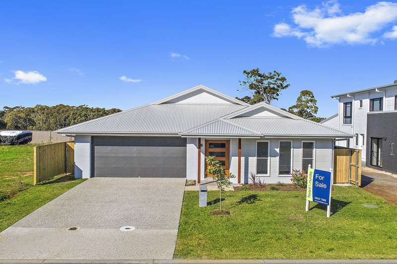 Main view of Homely house listing, 37 Trevally St, Korora, NSW 2450