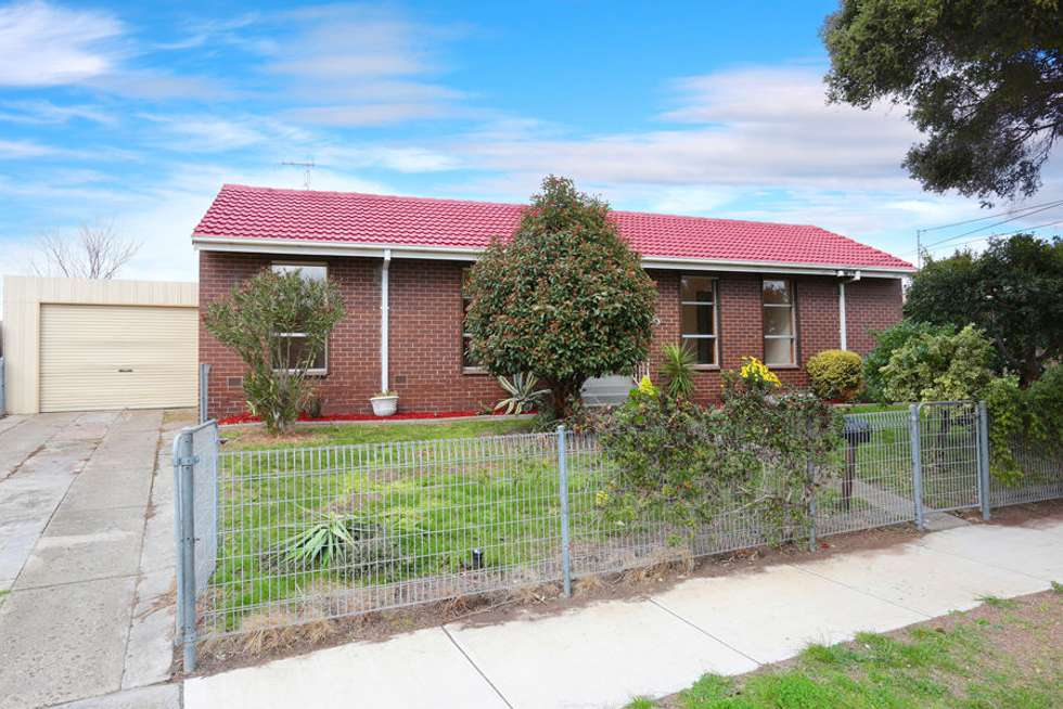 43 Learmonth Crescent, Sunshine West VIC 3020