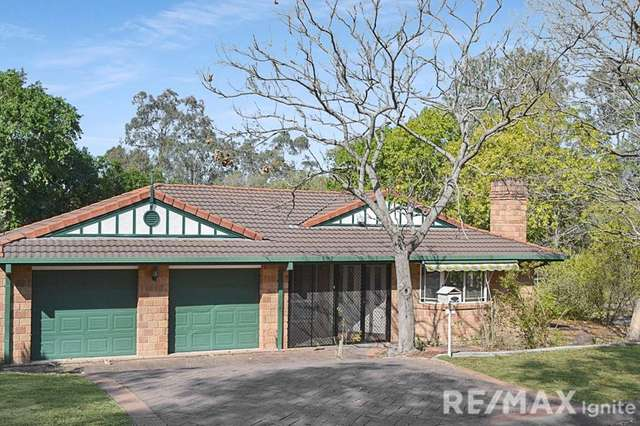 1 Deakin Place, Forest Lake QLD 4078