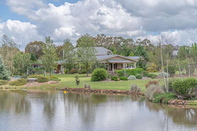6 Welbourn Place, Armidale NSW 2350