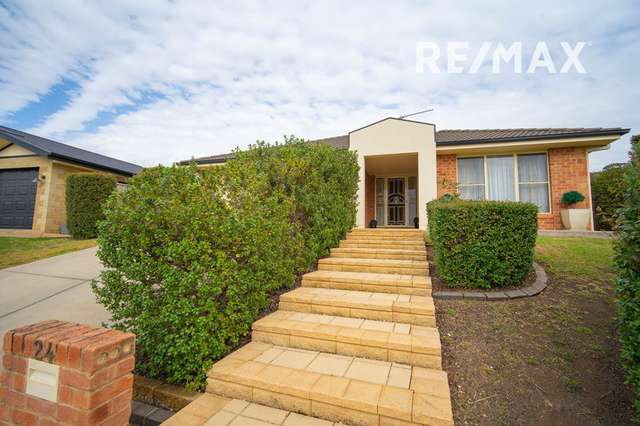 24 Monaro Court, Tatton NSW 2650