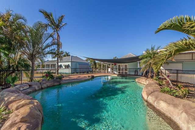 1 Roland Court, Peak Crossing QLD 4306