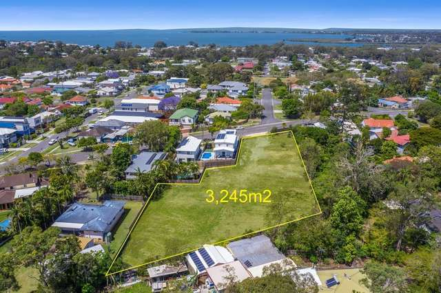 229 Whites Road, Lota QLD 4179