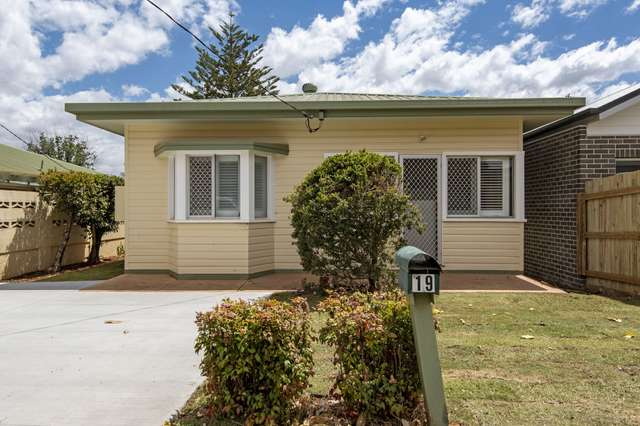 19 Weetwood Street, Newtown QLD 4350