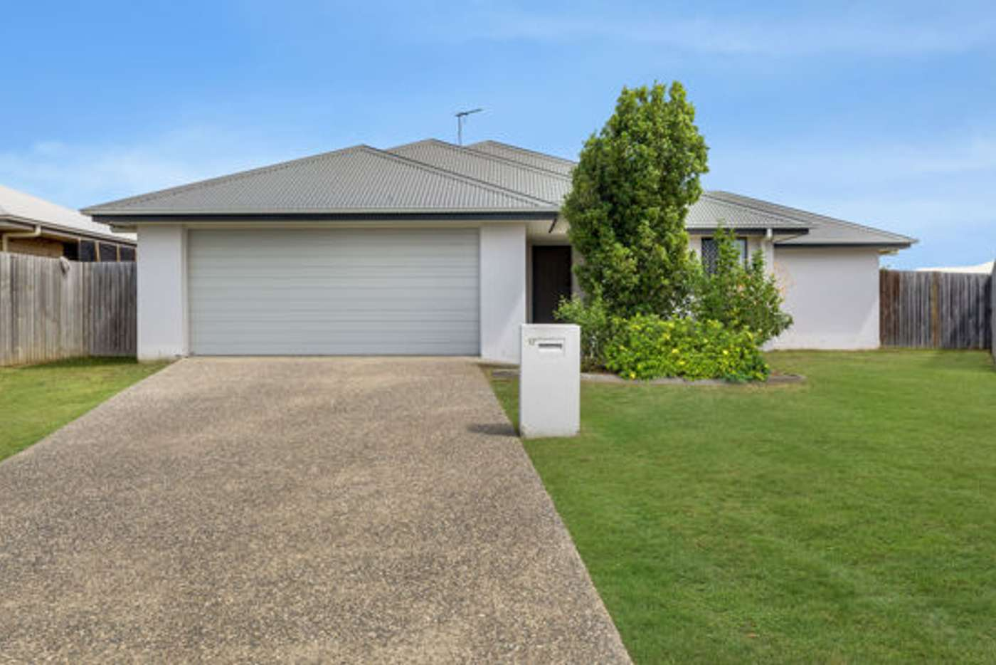 Main view of Homely house listing, 17 Parklane Crescent, Beaconsfield QLD 4740