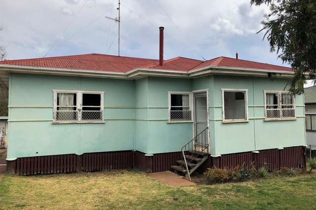 152 Jellicoe Street, North Toowoomba QLD 4350