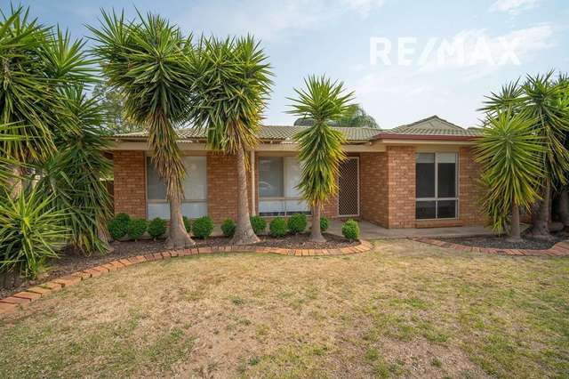 24 Langi Crescent, Glenfield Park NSW 2650