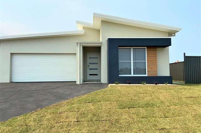 17 Burleigh Crescent, Woolgoolga NSW 2456